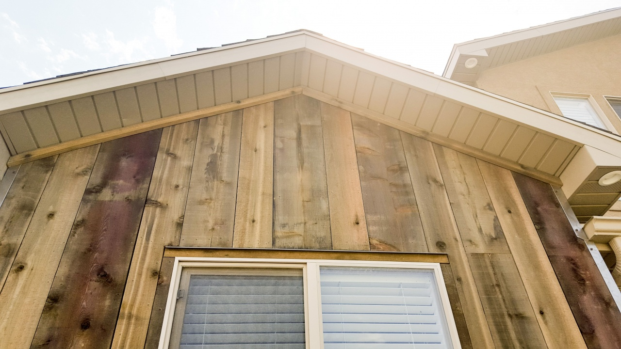 Cost Of Vinyl Siding Per Square Foot Soffit And Fascia On This