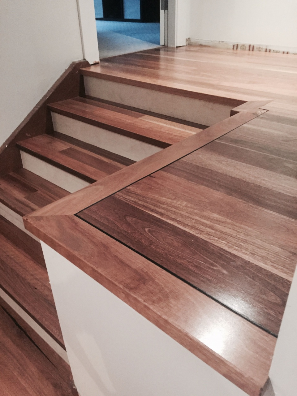How To Install Vinyl On Stairs With Nosing Spotted Gum Floating